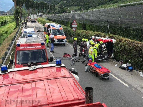 Verkehrsunfall vom 08.06.2018  |  (C) Feuerwehr Tschars (2018)
