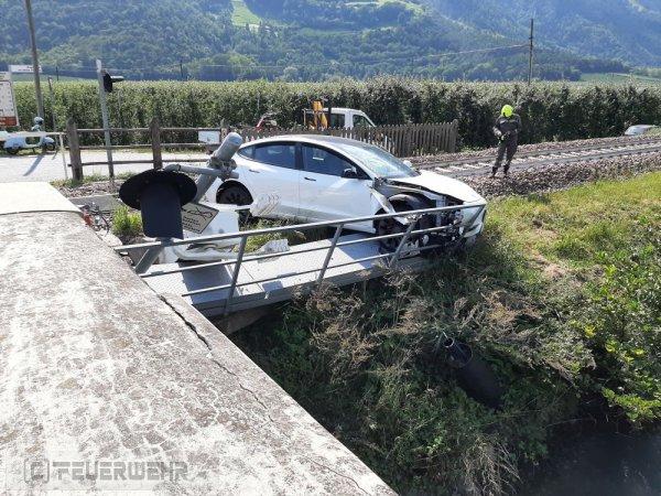 Verkehrsunfall vom 08.09.2021  |  (C) Feuerwehr Tschars (2021)